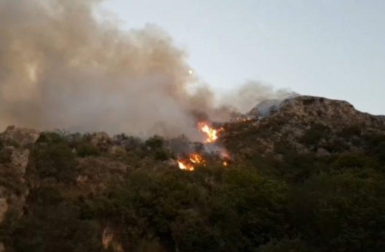 Φωτιά ΤΩΡΑ στην Κερατέα: Κοντά στα σπίτια οι φλόγες – Εκκενώθηκε οικισμός