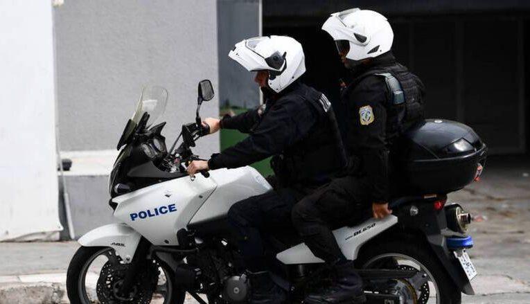 Σύλληψη 42χρονου για διαρρήξεις επιχειρήσεων και κλοπές αυτοκινήτων