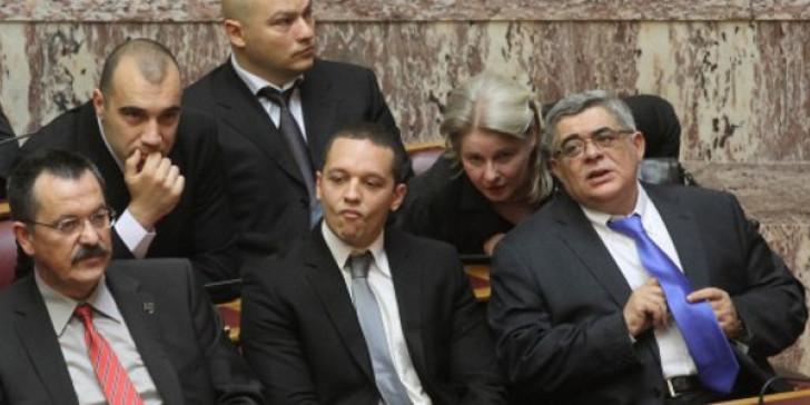 Στην φυλακή ο Μιχαλολιάκος, μαζί με τα μέλη του διευθυντηρίου
