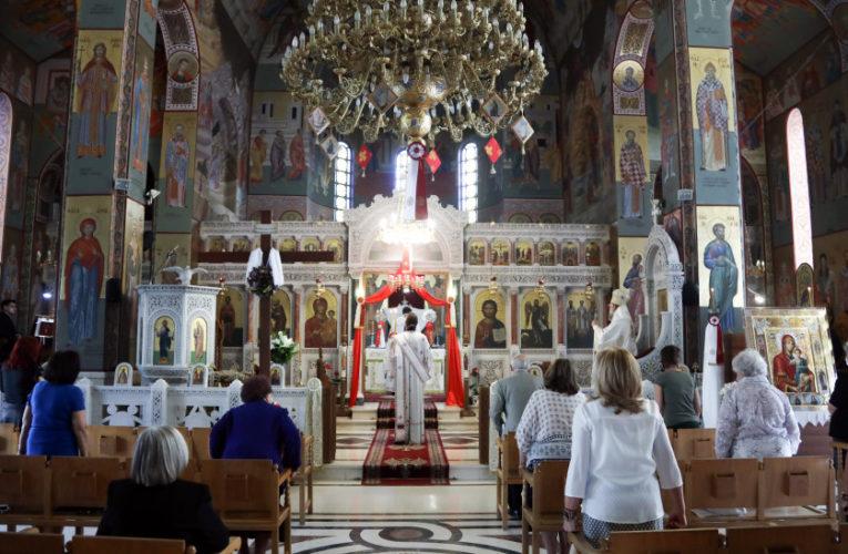 """""""Κλείδωσε"""" το Πάσχα στην πόλη – Πως θα λειτουργήσουν οι εκκλησίες"""