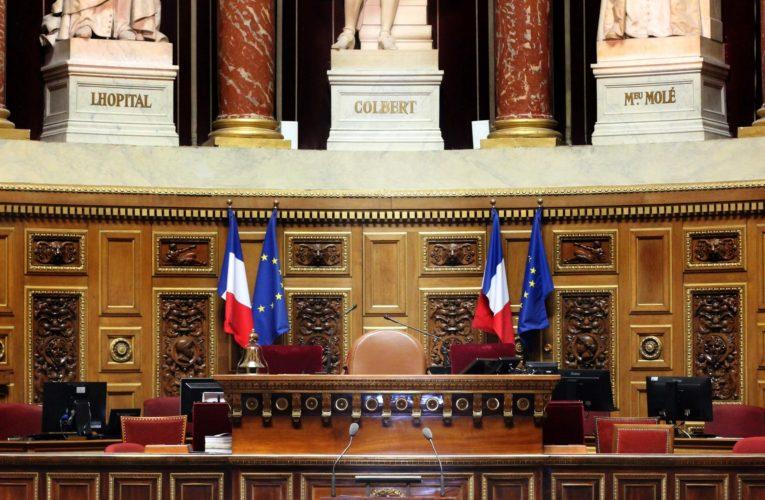 Ο Νικολά Σαρκοζί αφήνει το στίγμα του, ως ο πρώτος Γάλλος πρώην πρόεδρος που δικάζεται για διαφθορά.
