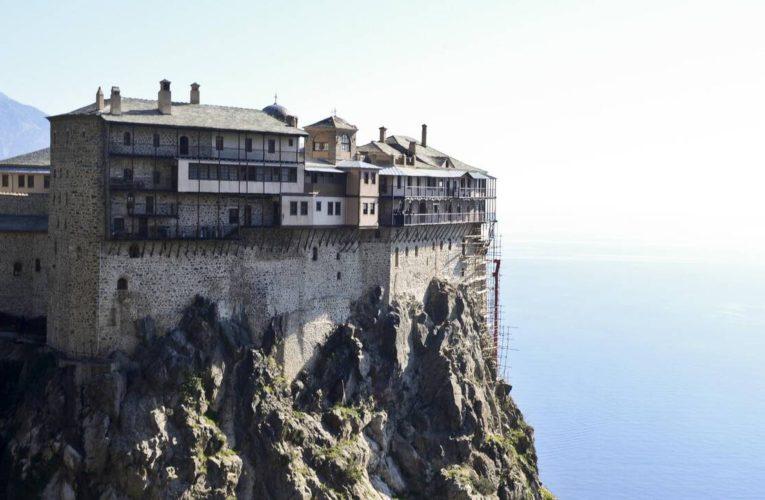 Άγιο Όρος: Covid free οι περισσσότερες Μονές – Τα μέτρα για τους επισκέπτες και οι έλεγχοι