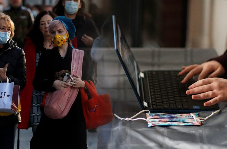 Κορονοϊός: Έρχονται ανακοινώσεις Χαρδαλιά για λιανεμπόριο και γυμνάσια, λύκεια