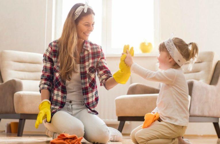 Γιατί είναι σημαντικό να συμμετέχουν τα παιδιά στις δουλειές του σπιτιού;