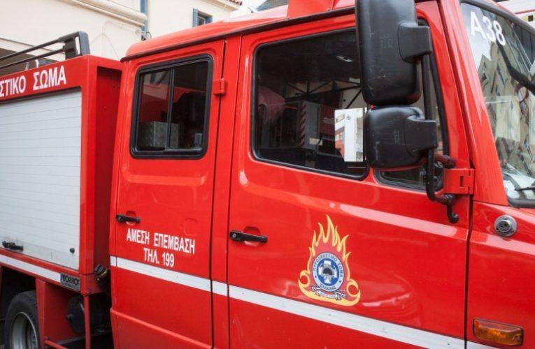 Βριλήσσια: Σε πύρινη λαίλαπα εξελίχθηκε βραχυκύκλωμα αυτοκινήτου σε γκαράζ πολυκατοικίας