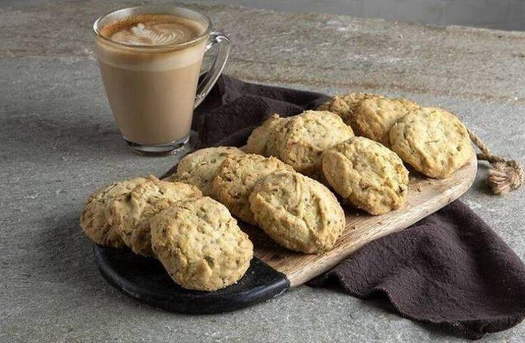 Μπισκότα με φυστίκι Αιγίνης από τον Άκη Πετρετζίκη