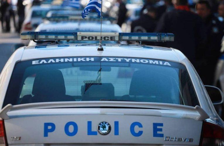 Ρόδος: Πατέρας χτυπούσε τα παιδιά του με γροθιές και τα απειλούσε με μαχαίρι