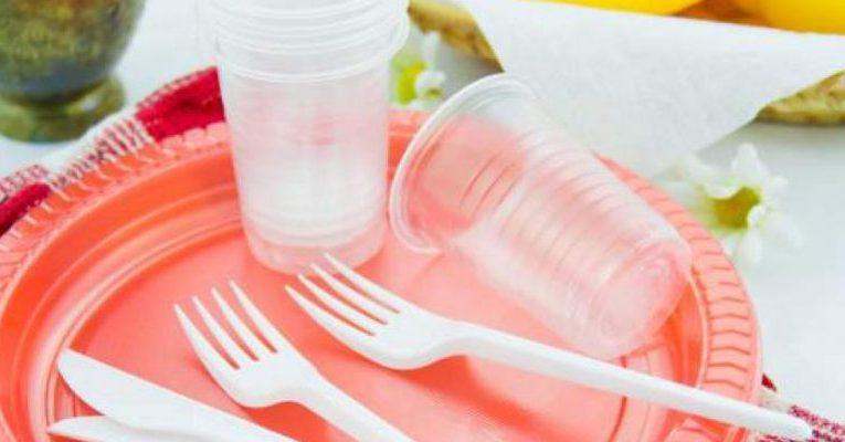 9 είδη πλαστικών που θα σταματήσουμε να χρησιμοποιούμε το 2021