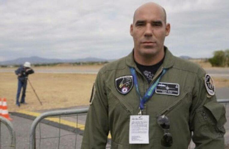 25η Μαρτίου: Αυτός είναι ο πιλότος της «ΖΕΥΣ» που συγκλόνισε με το μήνυμά του