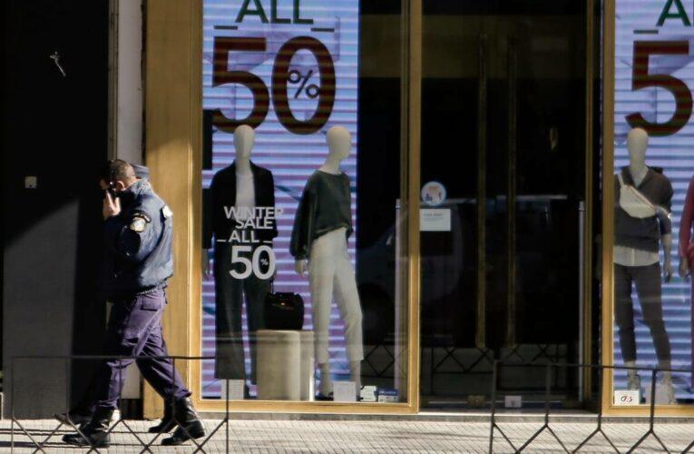 Επιχορήγηση 3.000 ευρώ σε κλειστές επιχειρήσεις λιανεμπορίου: Αυτή είναι η απόφαση