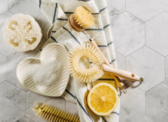 Οι χρήσεις του αγνού λεμονιού 🍋 στην καθαριότητα του σπιτιού!