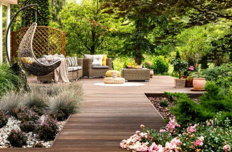 """Είστε λάτρεις της κηπουρικής 🌺🌿 και της διακόσμησης; Δώστε τότε """"ζωή"""" στον κήπο σας με απλά βήματα!"""
