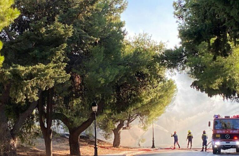 Κηφισιά: Υπό έλεγχο η φωτιά στην οδό Κοκκιναρά