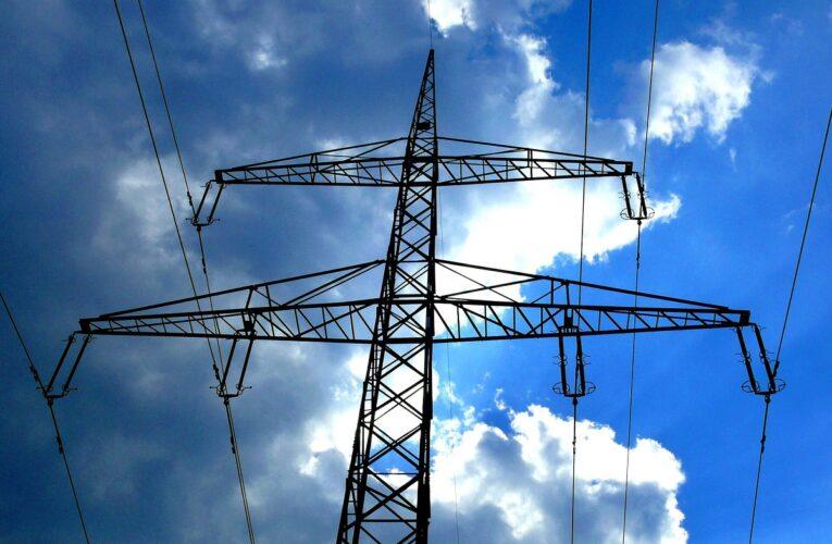Διακοπές ρεύματος στην Αττική-Προβλήματα ηλεκτροδότησης στις πυρόπληκτες περιοχές