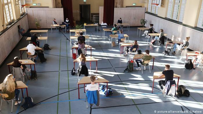 Κορωνοϊός: Πως θα γίνει η επιστροφή στα σχολεία με τα νέα μέτρα