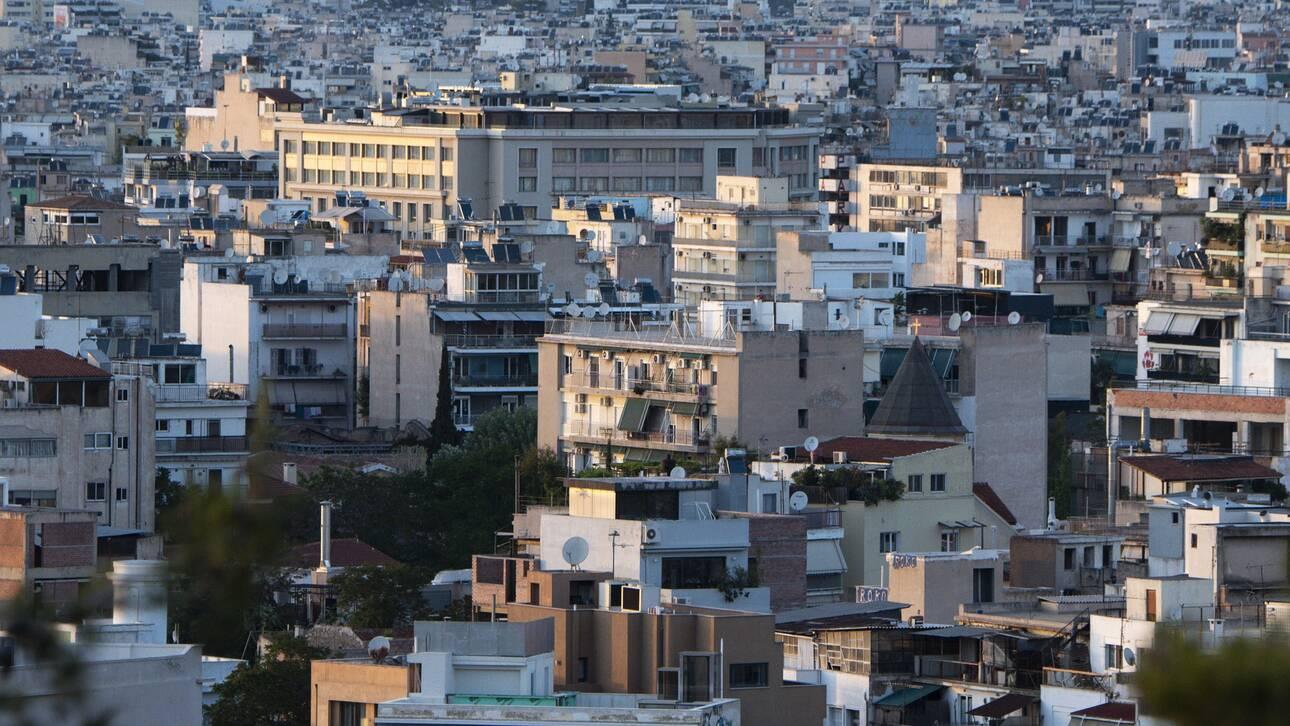Το κέντρο της Αθήνας έγινε «Εκάλη»: Πού φτάνουν πλέον τα ενοίκια για ένα σπίτι 75 τ.μ. [τιμές για 56 περιοχές]