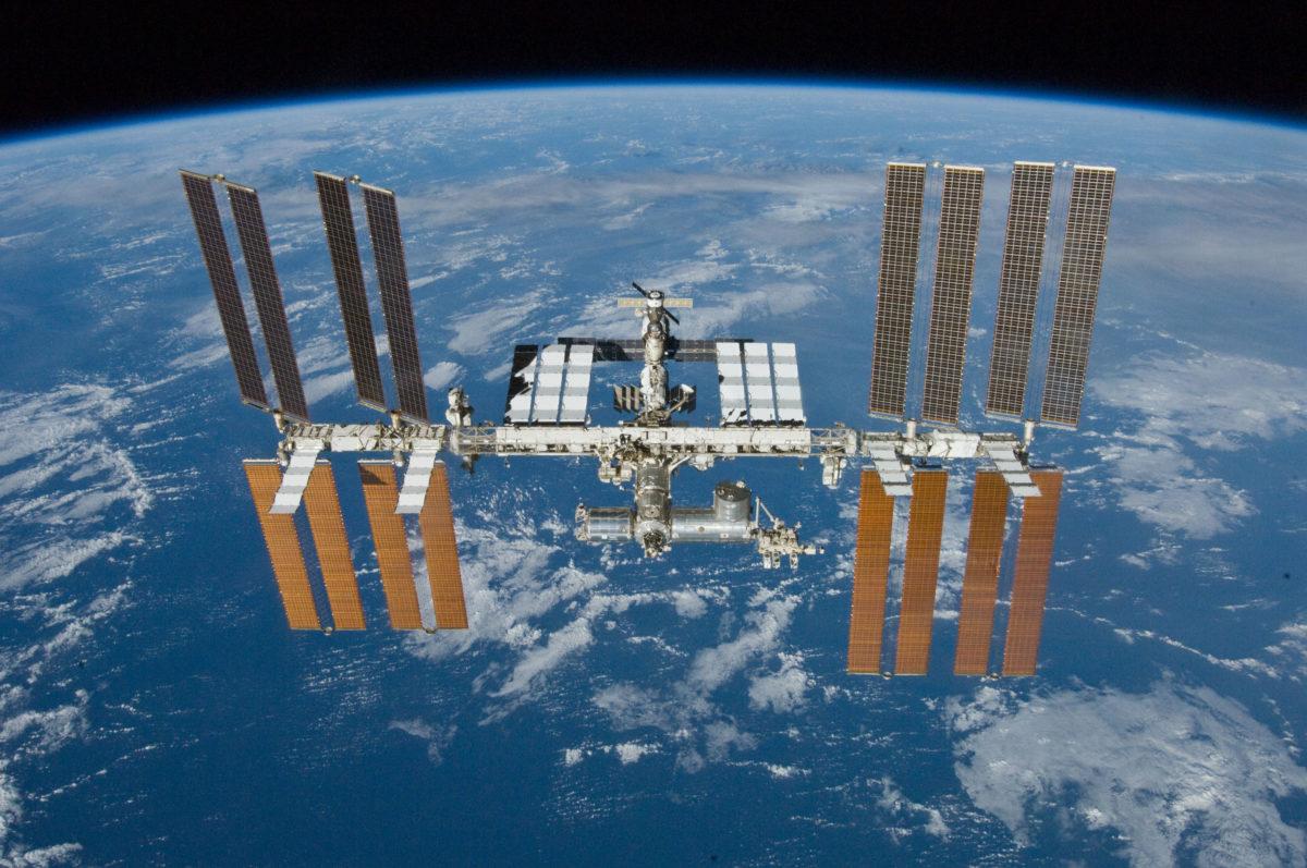 Ρεκόρ ταυτόχρονης παρουσίας 14 ανθρώπων στο διάστημα