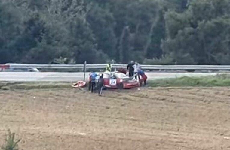 Σοβαρό τροχαίο σε αγώνα αυτοκινήτων στην Ελασσόνα (βίντεο)