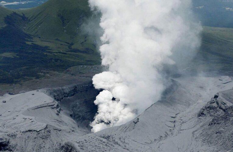 Ηφαιστειακή έκρηξη στο Όρος Άσο της Ιαπωνίας – Σε επιφυλακή οι τοπικές αρχές
